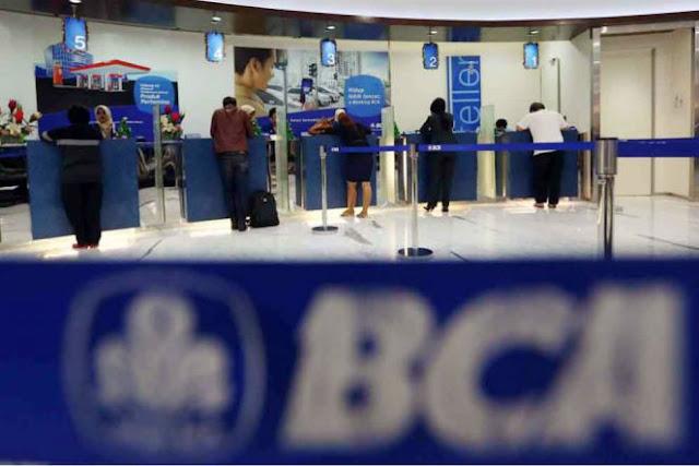 BCA Gratiskan Biaya Tarik Tunai di ATM Bank Lain, Selama Gangguan