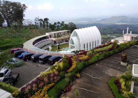 Hotel dekat wisata umbul sidomukti dengan pemandangan alam yang indah