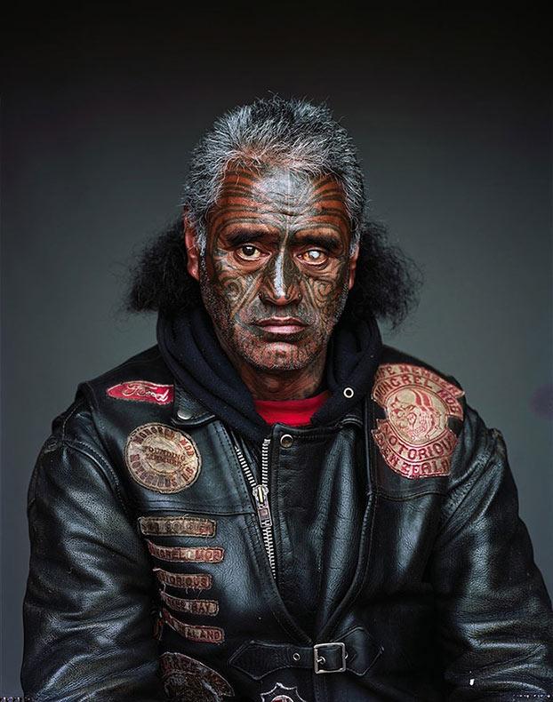Impresionantes retratos de la mas enorme pandilla de Nueva Zelanda te dará escalofríos