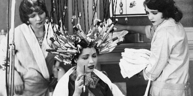 10 Rituais de beleza do século passado que mais parecem tortura