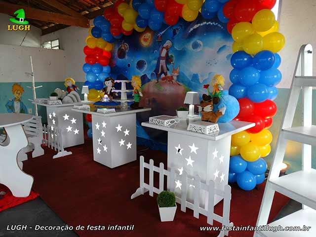 Mesa de tema Pequeno Príncipe - Decoração festa infantil de 1 aninho