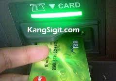 cara memasukkan kartu atm bri, cara memakai kartu atm bri, menggunakan kartu atm bri, kartu debit bri