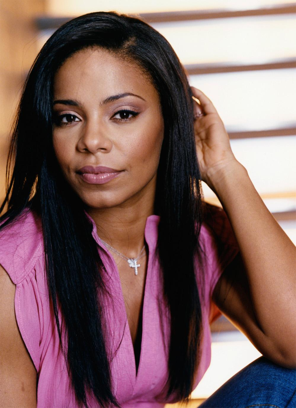 hair extension hairstyles and information: sanaa lathan