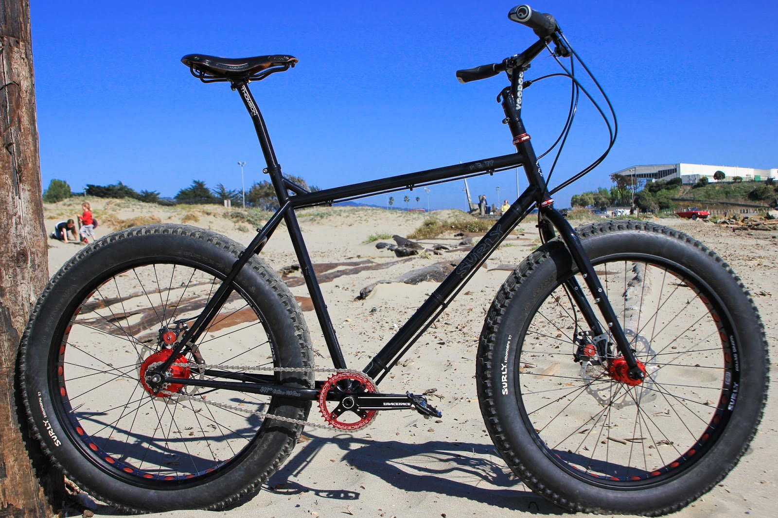 The Monkey Lab Rohloff Speedhub 500 14 Equipped Surly