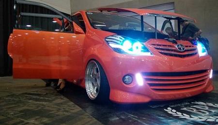 Modifikasi Mobil Toyota Avanza