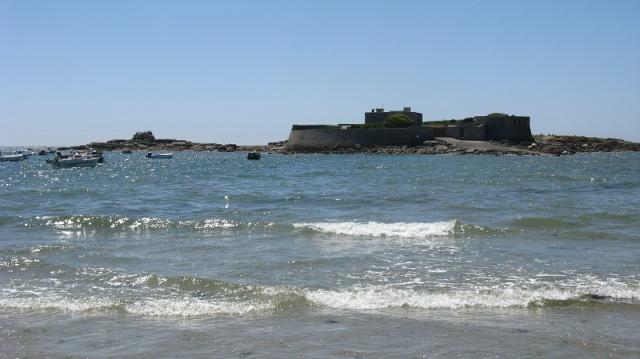 Fort Bloqué fet illa, amb marea alta