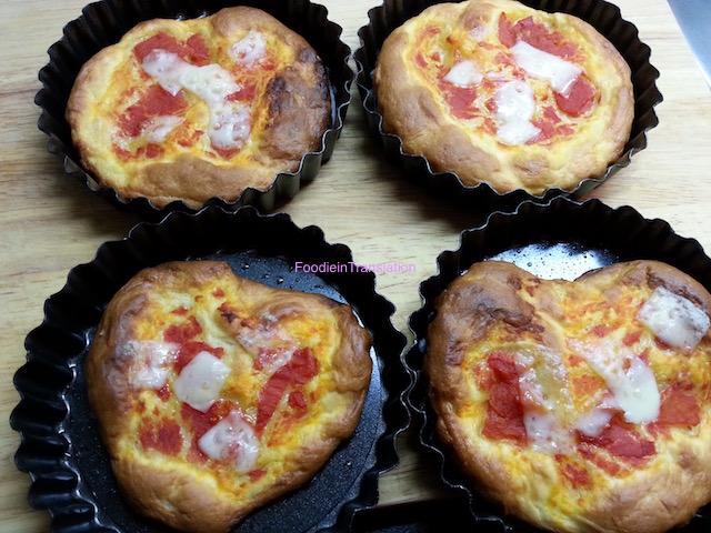 Pizzette pomodoro e provola