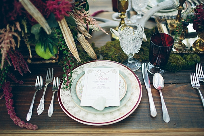Dark Woodland Vintage Wedding Inspiration by Jessie Schultz Photography