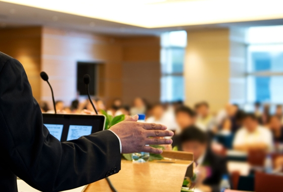 Participar en congreso internacionales