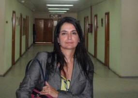 """Cláudia Aguiar, professora de Direito do UNIFESO, lançou o livro """"A Polícia Judiciária Militar e seus Desafios – Aspectos Teóricos e Práticos"""""""