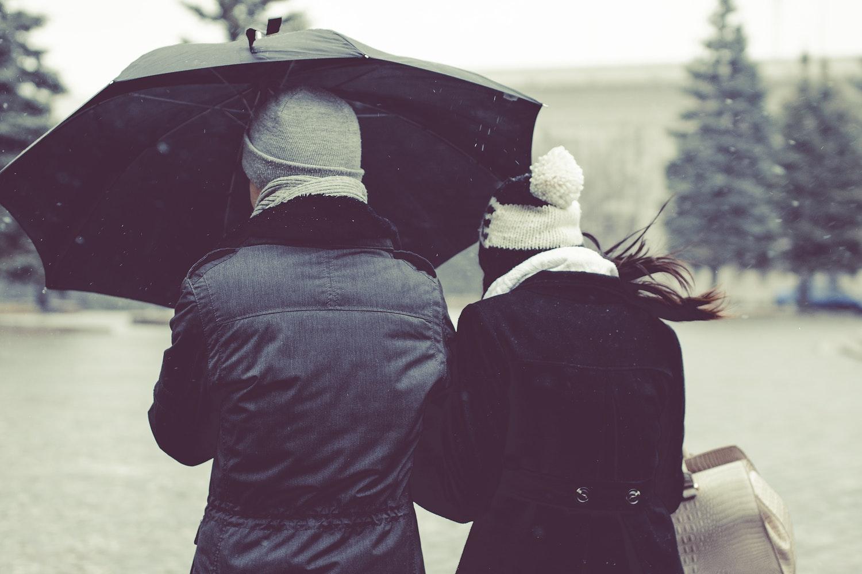 chuva amor beijo