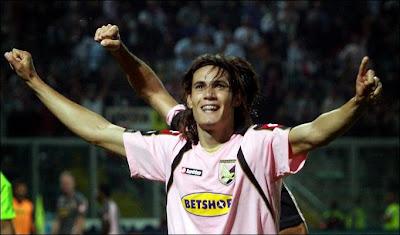 E o primeiro clube de Luis Suárez na Europa  Sabem qual foi  Ajax  Resposta  errada. Foi mesmo o Groningen. Fecho com Diego Costa d22aa6e129532