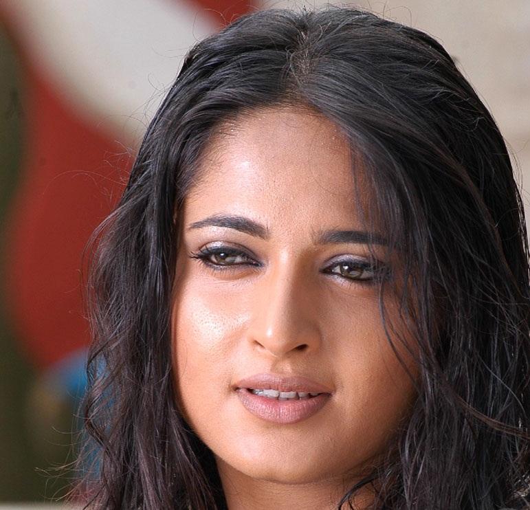 Anushka Shetty Close UP Stills