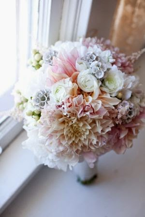 pale pink dahlia bouquet