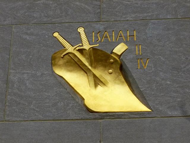 Résultats de recherche d'images pour «Isaiah II:IV rockefeller»