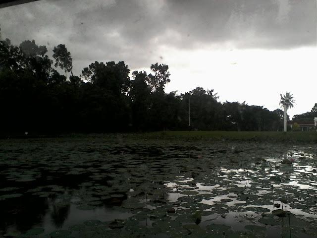 Danau Kebun Raya Bogor