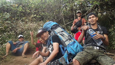 solo hiking ciremai