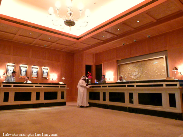 THE FIVE-STAR FOUR SEASONS RESORT DUBAI AT JUMEIRAH BEACH