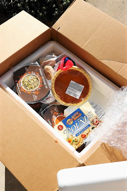 Boston Market Thanksgiving Home Delivery photo