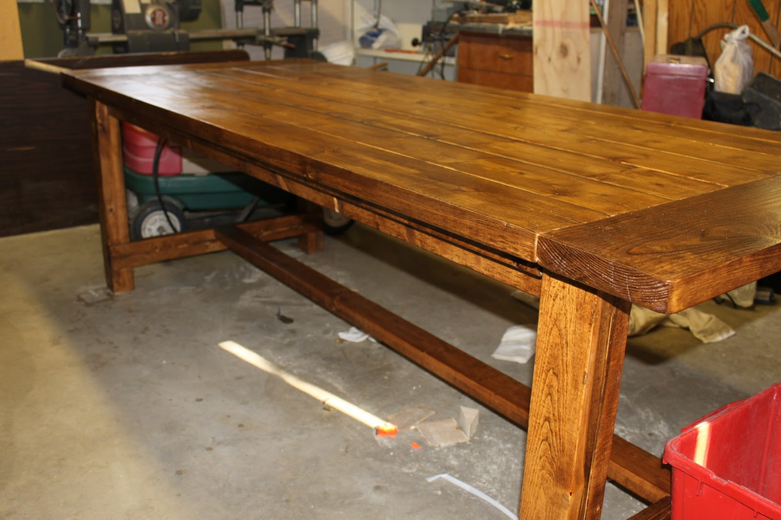 making a dining room table | Make a Table for Your Dining Room | Sidetracked Sarah