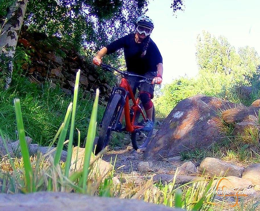 Captura%2Bde%2Bpantalla%2B2018 07 23%2Ba%2Blas%2B20.04.05 - Más mountain bike postureo