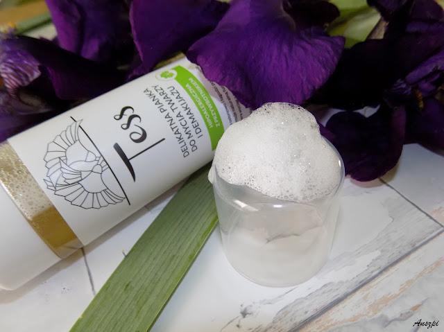 Delikatna pianka do codziennego mycia twarzy i demakijażu, Tess Idea 25