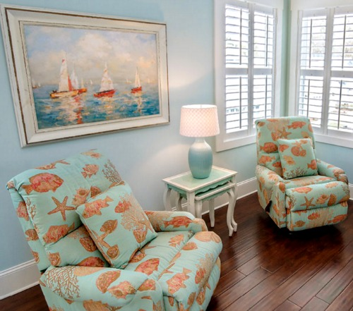Beach Themed Living Room With Colorful Furniture Set: The Colorful Coastal Cottages At Ocean Isle Beach