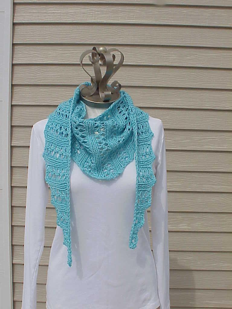 Kriskrafter: Free Knitting Pattern! Wiggle Lace Scarf