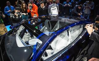 Buick-Avista-concept-show-floor-115-876x535