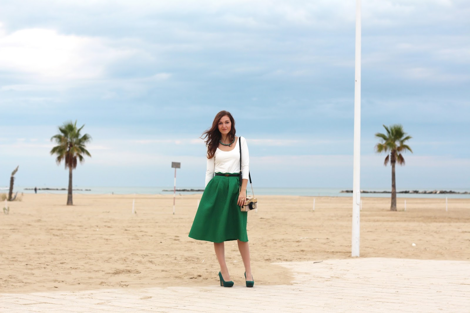look romantico green midi skirt