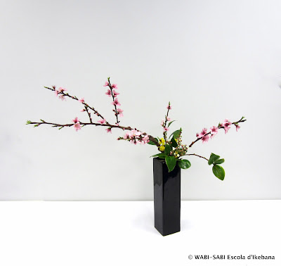 Ikebana-nageire