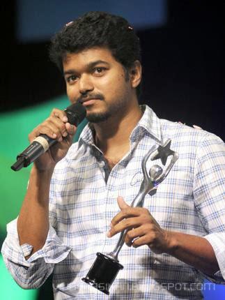 Vijay Rasikan: Vijay given by awards on stage