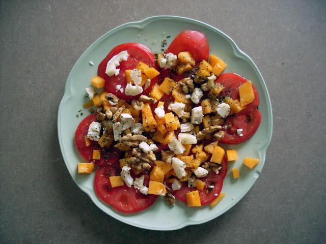 ensalada de tomate y melocotón