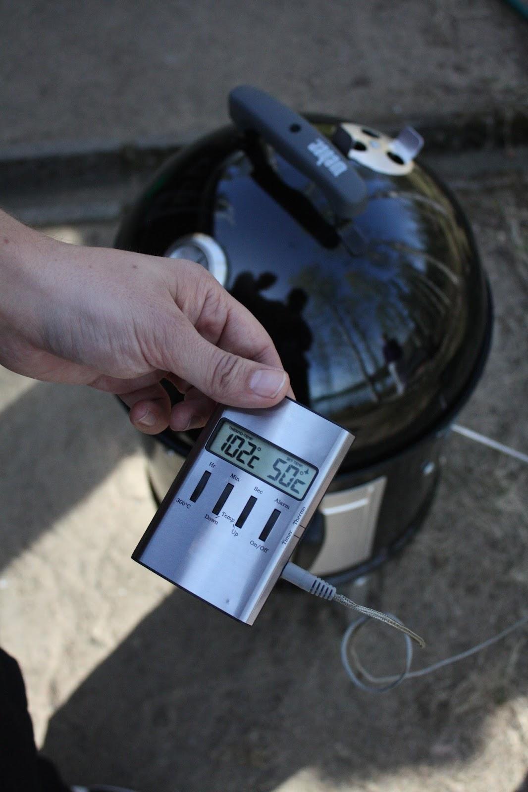 smokey mountain weber ribsit savustus savustaminen ribs grillaaminen grillaus slowfood slowcooking epäsuoragrillaus