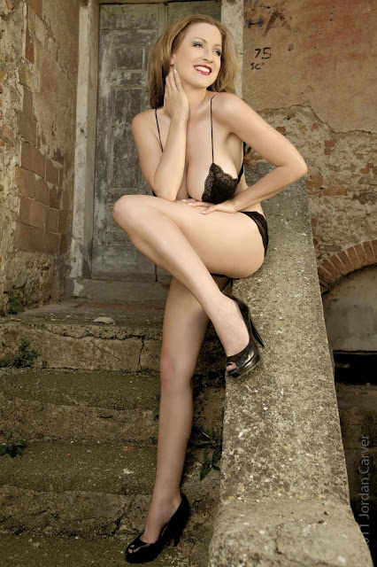 hot-Jordan-Carver-Last-Night-sexy-photoshoot-HD-Image-14