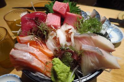 Sandaime Bunji, sashimi