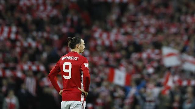 Ibrahimovic Diskors Tiga Laga, Absen Lawan Chelsea di Piala FA