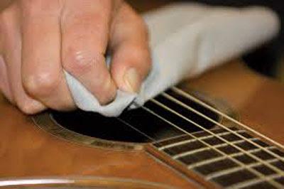Cẩm nang bảo quản và chăm sóc đàn guitar đúng cách