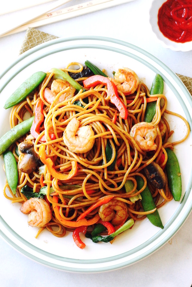 Shrimp Lo Mein by SeasonWithSpice.com