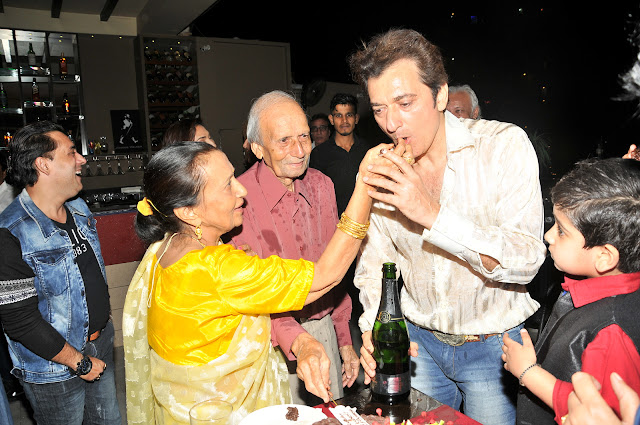 Avinash Wadhawan & Son Samraat Celebrating birthday with Family