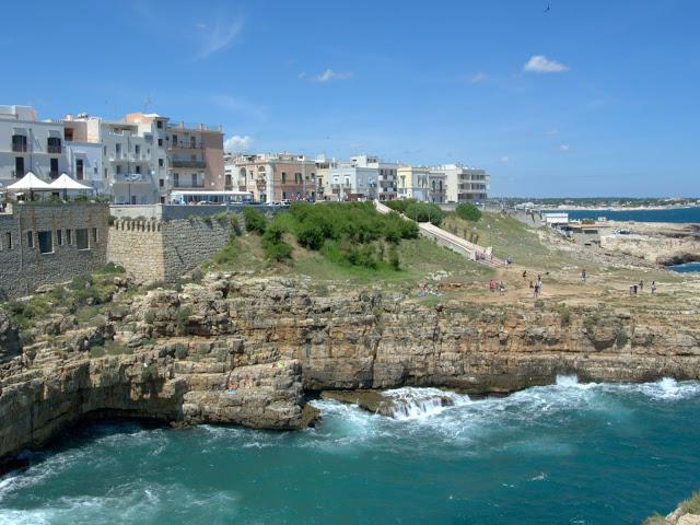 Polignano a Mare plaża widok z góry