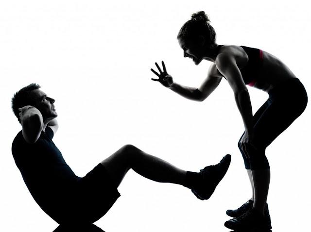 parceiros treinando juntos