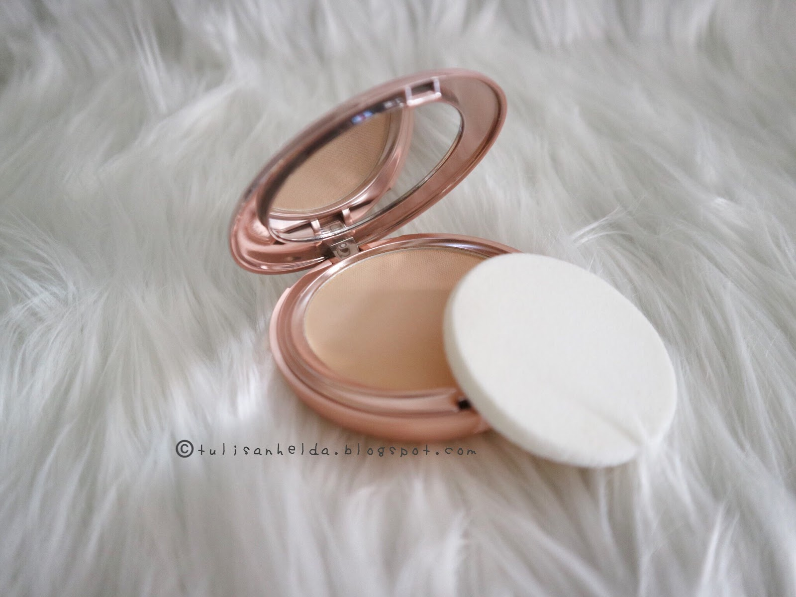 Review - Wardah Instaperfect Matte Fit Powder Foundation