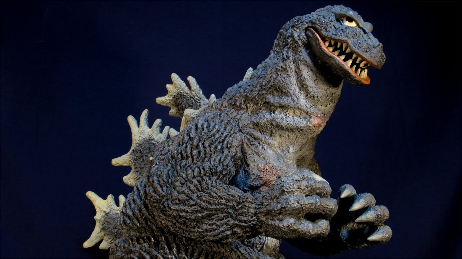 New Toy Tuesday: Godzilla, Star Trek, Star Wars, Daleks and Flying Gamera