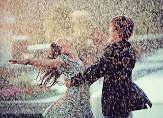 Ο Θεός δίνει μπόρες σε εκείνους που αντέχουν να χορεύουν στην καταιγίδα!!!
