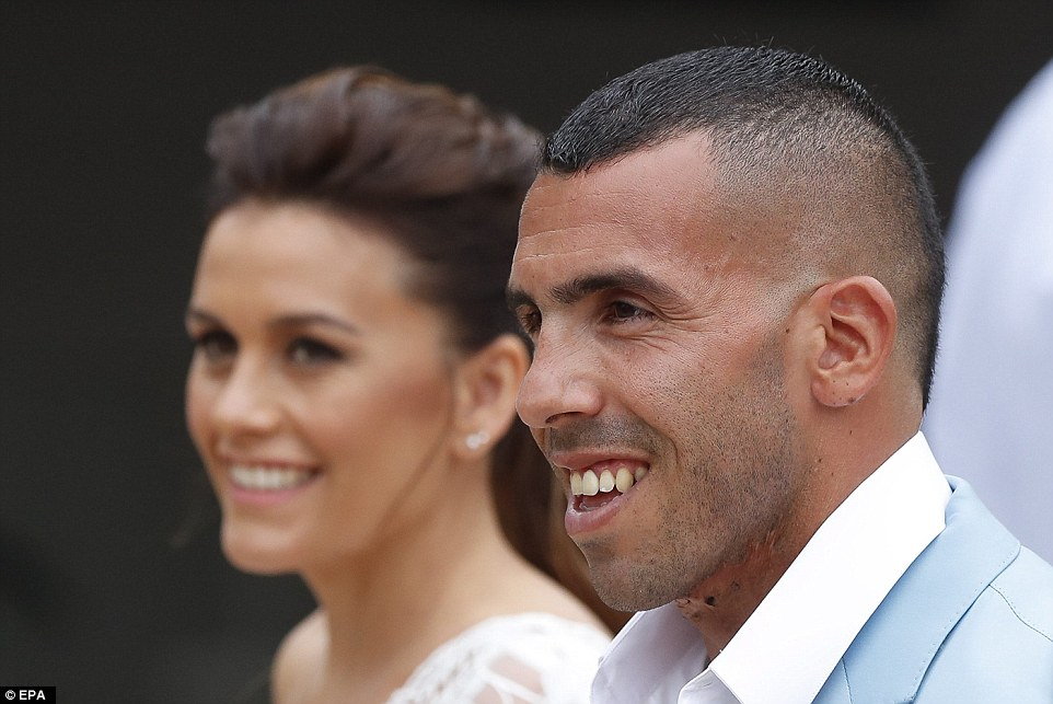 Former Man City Striker Carlos Tevez Marries Her Childhood Heartrub Venesa - Photos 3B943D5600000578-4059244-Long_term_The_couple_originally_met_when_the_footballer_was_13_y-a-6_1482427458682