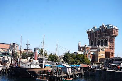 Tower of Terror and Fishing Village of Cape Cod Tokyo Disneysea