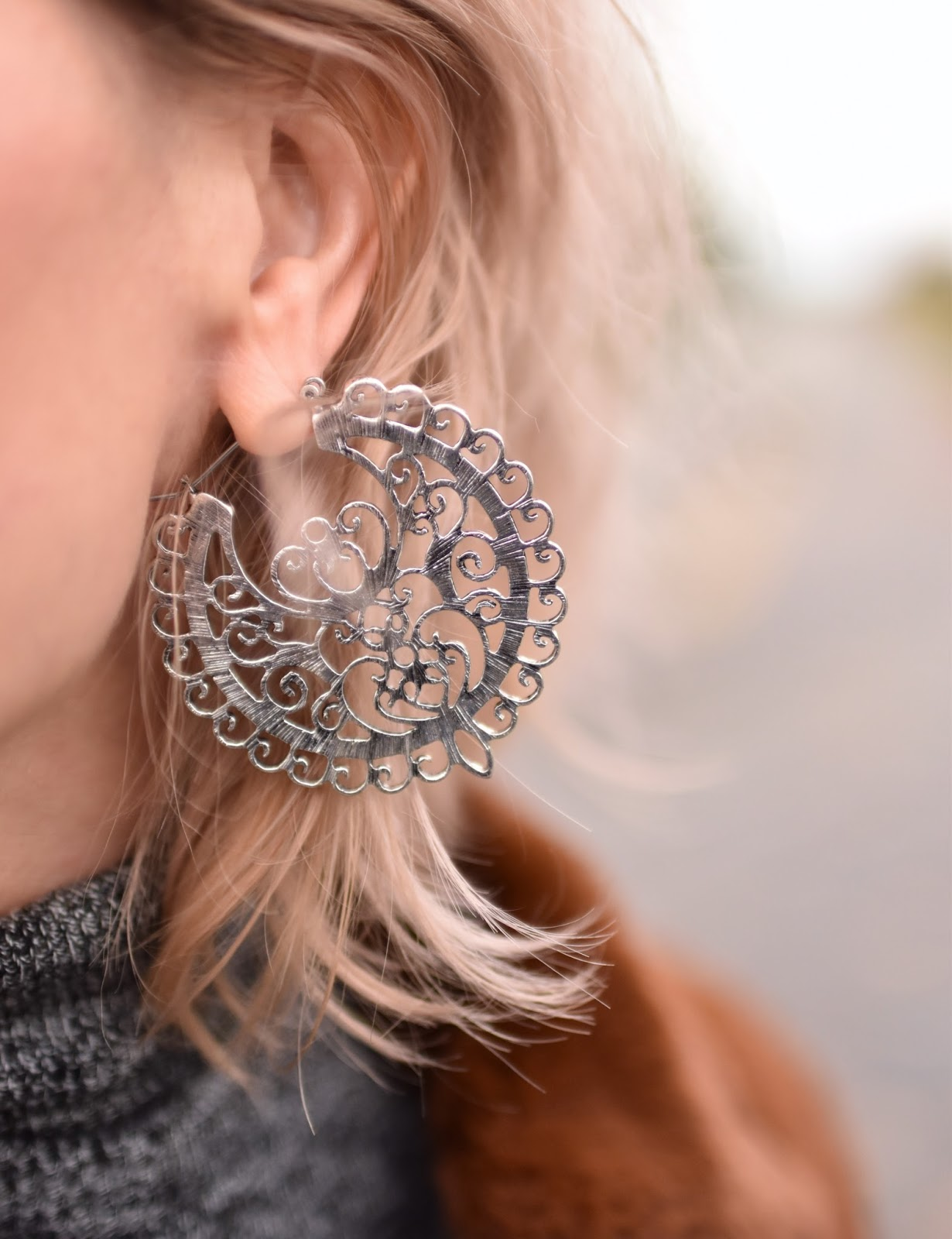 Monika Faulkner outfit inspiration - filigree hoop earring