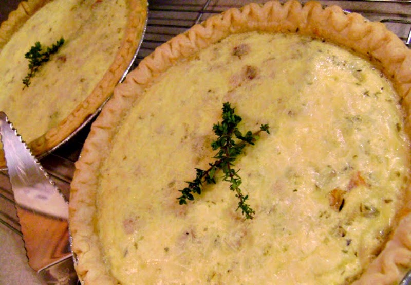 Lightened Up Classic Quiche Lorraine.  All the flavor without all the fat and calories.  #brunch #eggs