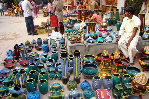 Handicrafts Amp Decoratives Indian Handicrafts Pots
